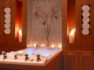Декоративные свечи для создания романтичной атмосферы