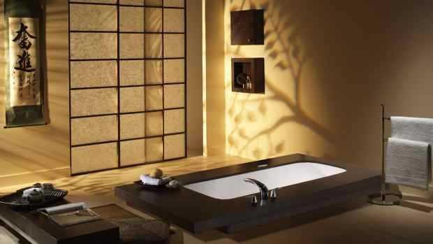 Дверь японской ванной