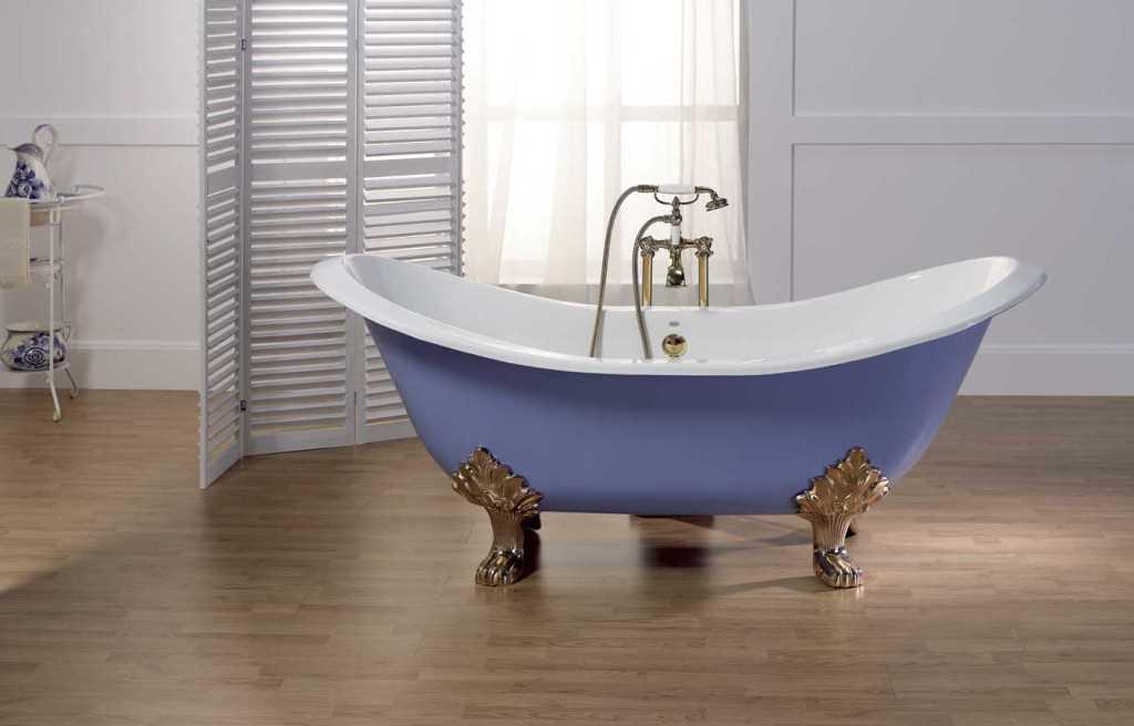 Одна из моделей современной чугунной ванны