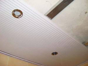 Потолок из пластиковых панелей – изящность, простота и удобство монтажа