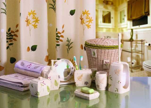 При подборе милых аксессуаров для ванной комнаты чувство меры особенно важно