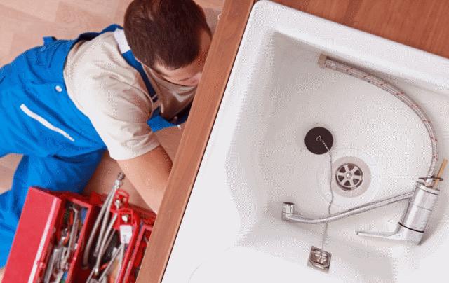 Работы по установке раковины над стиральной машиной не требуют высочайшего профессионализма: важно просто придерживаться определенной последовательности